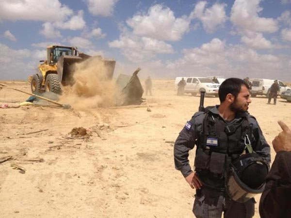 village-of-al-araqeeb-bulldozed