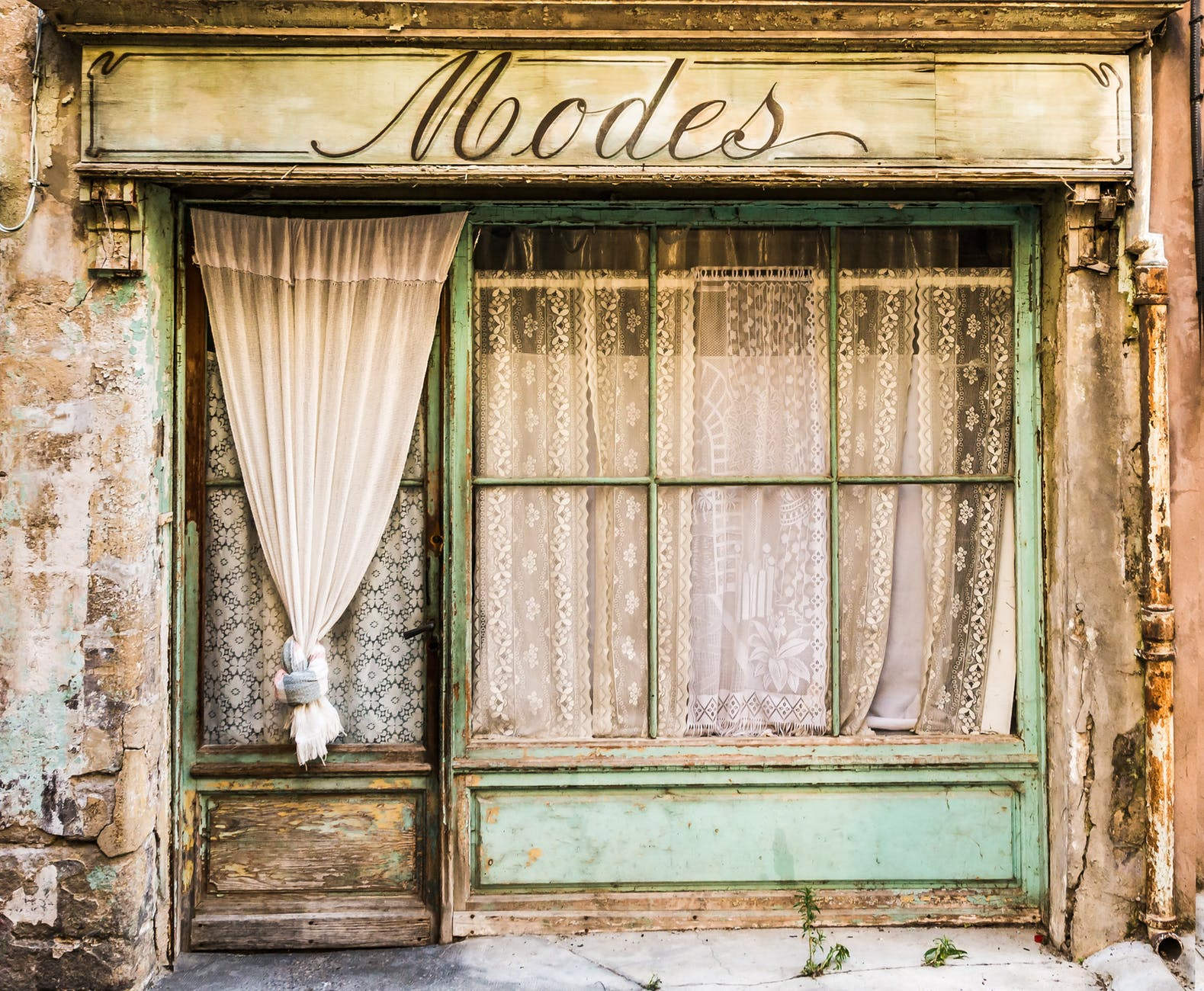 blue and white wooden modes store